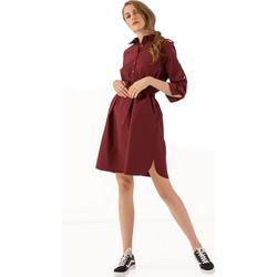7d4d5d13731 Midi ριχτό φόρεμα με ζώνη και κουμπιά - Μπορντώ