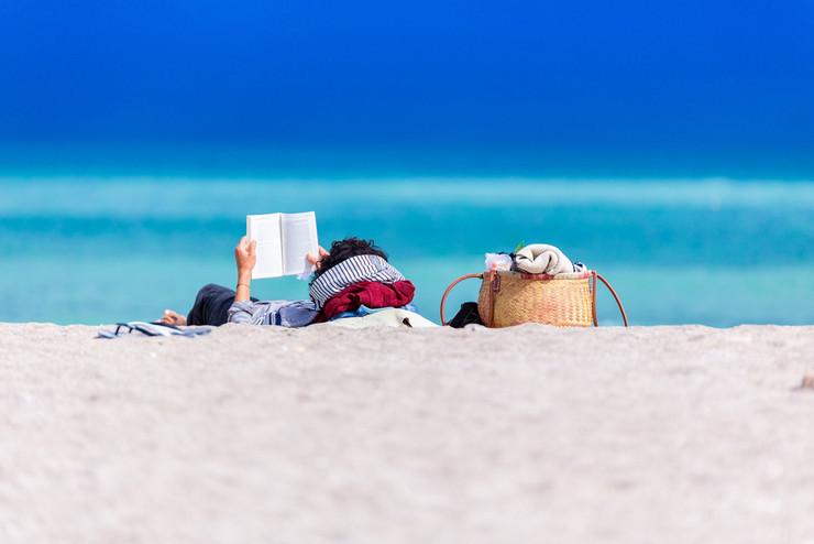 12+1 υπέροχα βιβλία για τις διακοπές του καλοκαιριού   BestPrice.gr