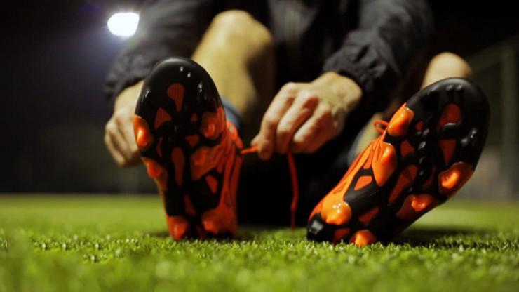 Πώς να διαλέξεις ποδοσφαιρικά παπούτσια. ΑΘΛΗΤΙΚΑ  ΠΟΔΟΣΦΑΙΡΟ  ΟΔΗΓΟΣ ΑΓΟΡΑΣ abf11e996e6