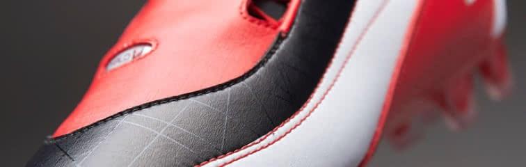 Κάθε παίκτης έχει διαφορετική προτίμηση για το υλικό που χρησιμοποιείται  στα ποδοσφαιρικά παπούτσια του - κυρίως το πάνω μέρος. Τι χρειάζεται να  ξέρεις για ... 45b0f3f69f2