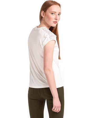Μπλούζα με δαντέλα στον ώμο - Λευκό c6ec61c095e