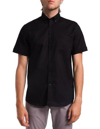 613d645b4406 Ανδρικό κοντομάνικο μονόχρωμο πουκάμισο The Bostonians - BAP1098 - Μαύρο