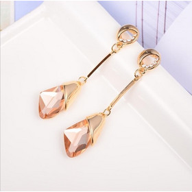 ac87d1a5be Women Fashion Crystal Clip Earrings(Champagne) SK1003290
