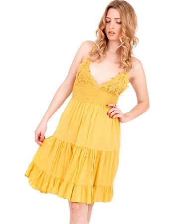 Κίτρινο Mini Φόρεμα με Δαντέλα Κιπούρ και Άνοιγμα στην Πλάτη Κίτρινο Silia D 7f4ab1497e3