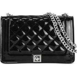 759e75fedd16 Μαύρη καπιτονέ τσάντα λουστρίνι